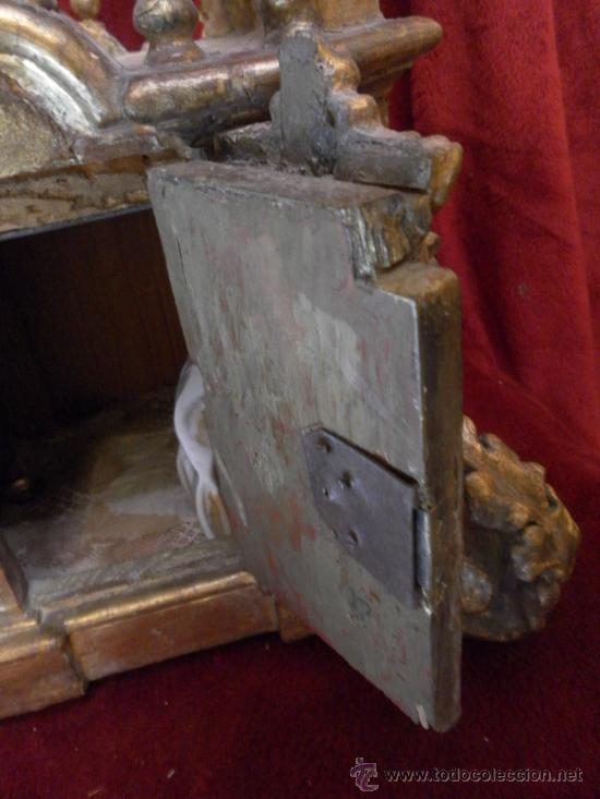 Antigüedades: Sagrario / Custodia. Siglo XVII / XVIII. Madera policromada en dorado. - Foto 9 - 30838526