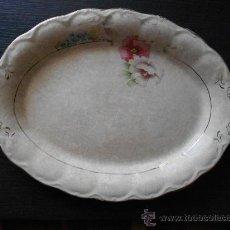 Antigüedades: ANTIGUA FUENTE DE PORCELANA OPACA SEVILLA. Lote 32137603