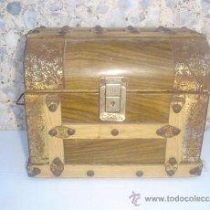 Antigüedades: PEQUEÑO BAUL ANTIGUO. Lote 30894231