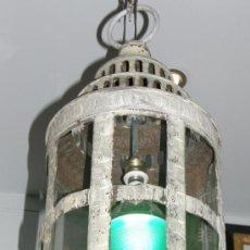 Antigüedades: FAROL AÑOS 20 FRANCIA MOTIVOS EGIPCIOS TROQUELADO LATÓN PÁTINA ARQUEOLÓGICA PARA COLGAR O POSAR. Lote 30996356