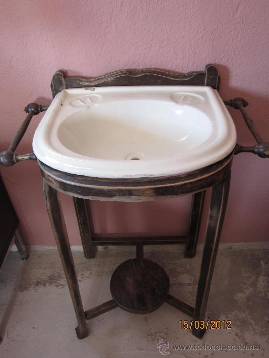 Lavabo antiguo de madera y pila de loza comprar muebles for Pilas de lavabo