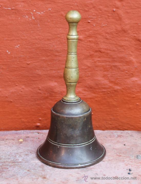 ANTIGUA CAMPANA EN BRONCE PESO 157 GR (Antigüedades - Hogar y Decoración - Campanas Antiguas)