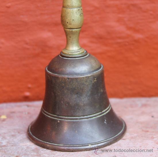 Antigüedades: ANTIGUA CAMPANA EN BRONCE PESO 157 GR - Foto 2 - 30950757