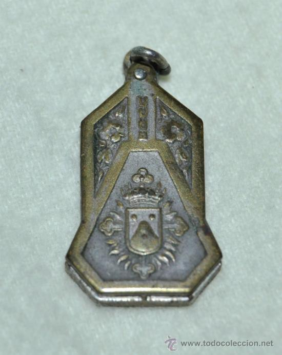RELICARIO DE METAL PLATEADO - JOAQUINA DE VERDUNA- (Antigüedades - Religiosas - Medallas Antiguas)
