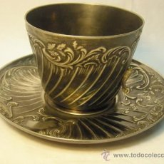 Antigüedades: CONJUNTO DE TAZON Y PLATO DE 1900 DE CHRISTOFLE. METAL GALLIA. Lote 30980611
