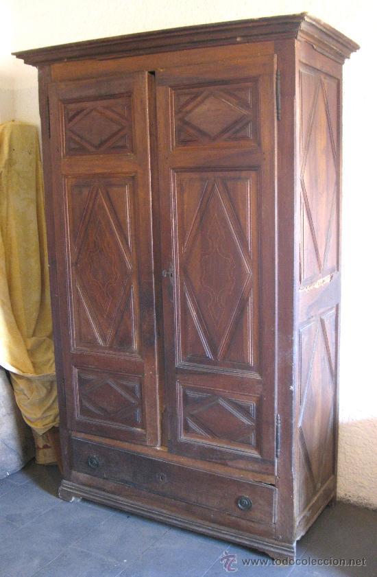 Armario catalan de nogal con filete de boj sigl comprar - Restaurar armario antiguo ...