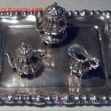 Antigüedades: MINIATURA BANDEJA DE PLATA STERLING 925 PARA VITRINA. Lote 31077513