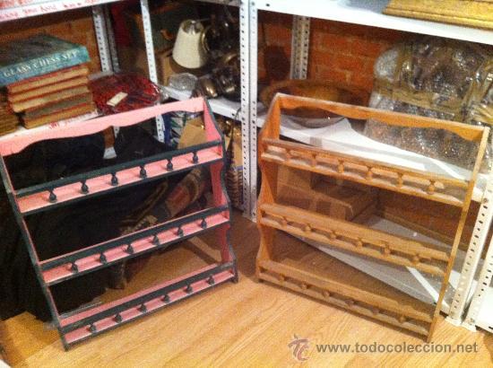 2 ESTANTERIAS RUSTICAS EN PINO VIEJO (Antigüedades - Muebles Antiguos - Aparadores Antiguos)