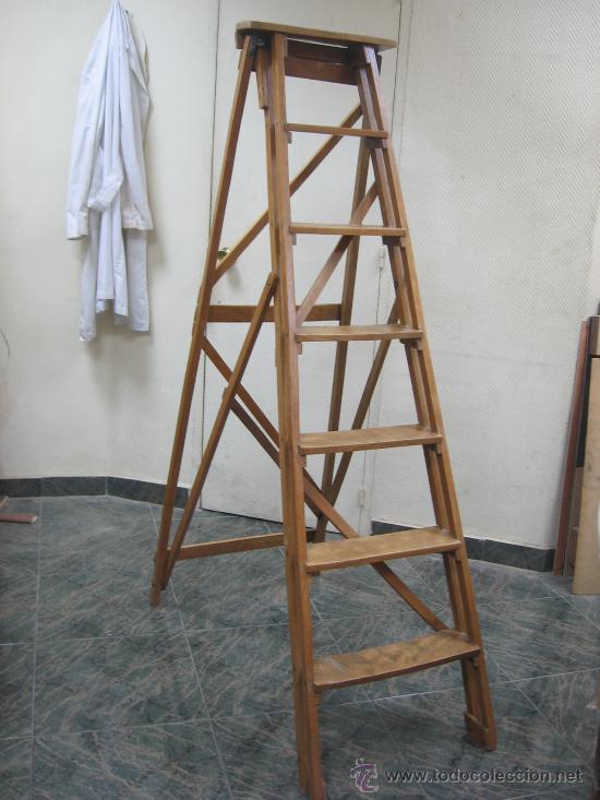 Escalera antigua comprar antig edades varias en for Escaleras pintor precios