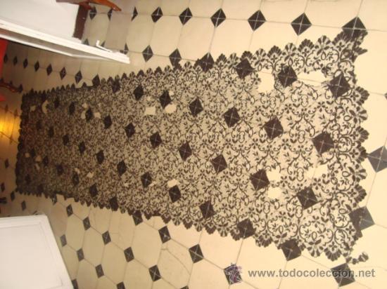 Antigüedades: preciosa mantilla española negra tul bordado, 252 x 78 para restaurar, circulo duquesa alba - Foto 9 - 31120835