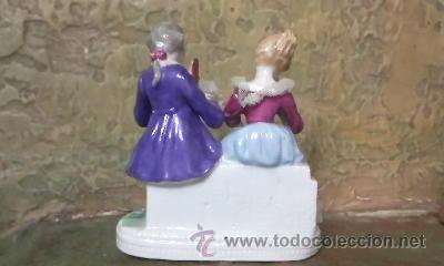 Antigüedades: Preciosa figura de una pareja de época en porcelana fina. - Foto 3 - 31153240