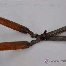 Antigüedades: TIJERA DE PODAR SETOS.. Lote 31294777