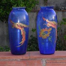 Antigüedades: 2 JARRONES DE CRISTAL ANTIGUOS PINTADOS A MANO.. Lote 31296604