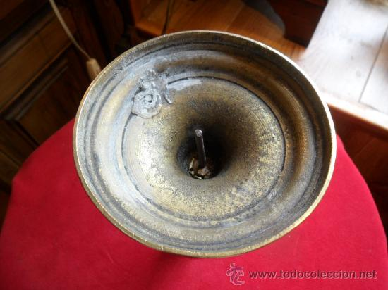 Antigüedades: CANDELABRO DE ALTAR EN BRONCE SIGLO XIX - Foto 4 - 31298403