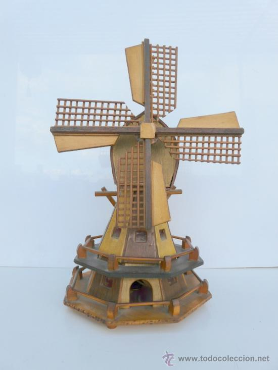 lampara de mesilla en forma de molino de viento con mecanismo musical antigedades iluminacin