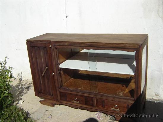 MUEBLE APARADOR CON VITRINA (Antigüedades - Muebles Antiguos - Aparadores Antiguos)