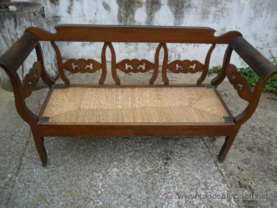 Sof en madera de haya con asiento de enea a comprar for Sofas antiguos