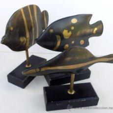 Antiguidades: ESCULTURA DE 3 PECES EN BRONCE NEGRO Y DORADO. Lote 31380982