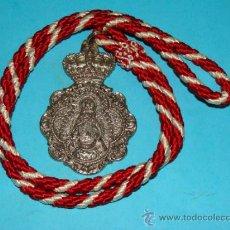 Antigüedades: GRAN MEDALLÓN RELIGIOSO. MOGUER, HUELVA. HERMANDAD NUESTRA SEÑORA DE MONTEMAYOR. . Lote 31407026