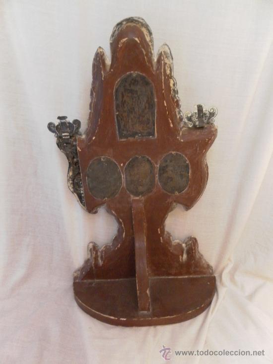 Antigüedades: Custodia – Relicario. Siglo XVIII. Metal plateado y madera. - Foto 21 - 31473790