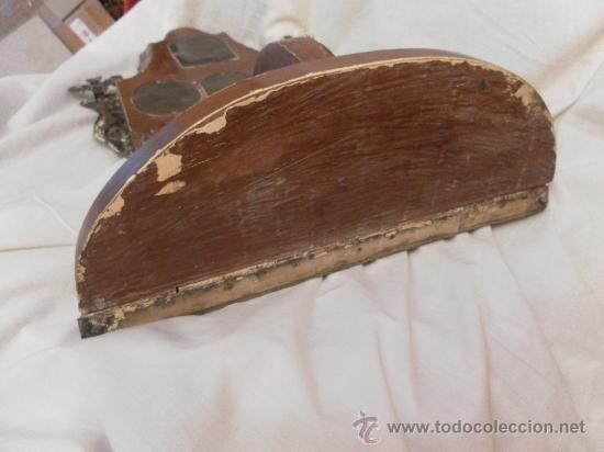 Antigüedades: Custodia – Relicario. Siglo XVIII. Metal plateado y madera. - Foto 25 - 31473790
