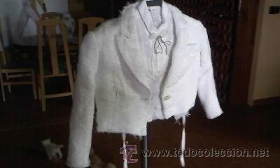 Antigüedades: Antigua torera con pechera de chaleco para niño.Blanco perla con destellos de brillo. - Foto 2 - 31532394