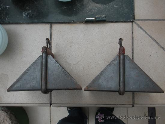 PAREJA DE ESTRIBOS (Antigüedades - Técnicas - Rústicas - Caballería Antigua)