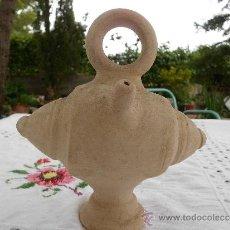 Antigüedades: ANTIGUO Y ARTESANAL BOTIJO DE BARRO. Lote 31564529