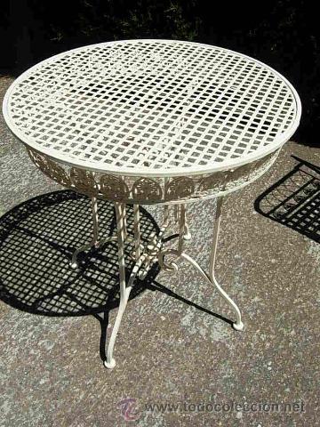 Mesa de jardin o terraza en hierro estilo bell - Verkauft durch ...