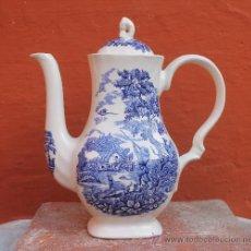 Antigüedades: ANTIGUA JARRA TETERA LECHERA CAFETERA INGLESA EN PORCELANA GRABADO A MANO THE HUNTER BY MYOTT. Lote 31748372