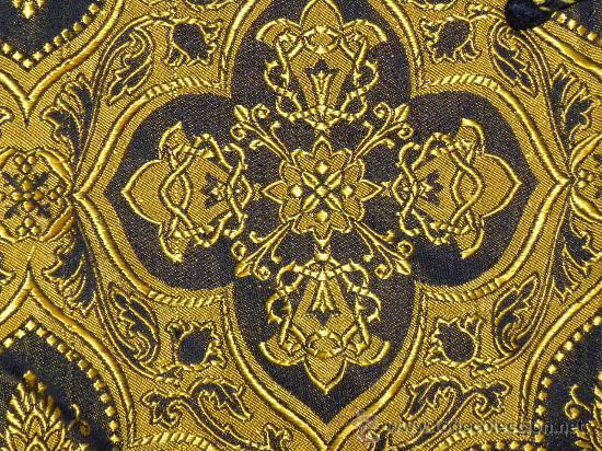Antigüedades: Capa Pluvial negra con capillo palmetas amarillas broche metalico para liturgia católica - Foto 7 - 31782936