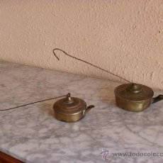 Antigüedades: 2 ANTIGUAS LAMPARILLAS DE ACEITE,VELON,LATON. Lote 31797445