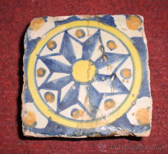 ANTIGUA OLAMBRILLA O AZULEJO EN MINIATURA. MANISES - VALENCIA. S.XVIII (Antigüedades - Porcelanas y Cerámicas - Manises)
