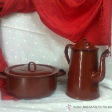 Antigüedades: ANTIGUAS CACEROLA Y CAFETERA, PARA LA LUMBRE. . Lote 31837374