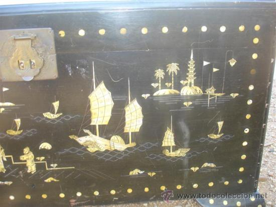 Antigüedades: arca oriental lacado con incrustaciones en nacar - Foto 2 - 31845206