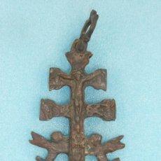 Antigüedades: ANTIGUA CRUZ DE CARAVACA DE S.XVIII - XIX. EN BRONCE.. Lote 31922362