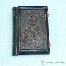 Antigüedades: ANTIGUO DEVOCIONARIO DE 1872. TAPAS TRABAJADAS. Lote 31922592
