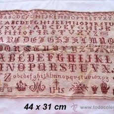 Antigüedades: ANTIGUO MUESTRARIO O DECHADO SIGLO XIX PUNTO DE CRUZ. Lote 31955731
