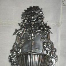 Antigüedades: PRECIOSA BENDITERA DE ESTAÑO - MUY TRABAJADA. Lote 31986908