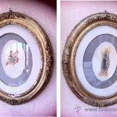 Antigüedades: PAREJA DE MARCOS OVALADOS ISABELINOS S. XIX MADERA, ESTUCO Y PAN DE ORO. Lote 30046809