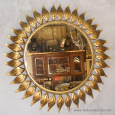 Antigüedades: ESPEJO DE LATON DORADO ENVÍO INCLUIDO EN PENINSULA. Lote 32000692
