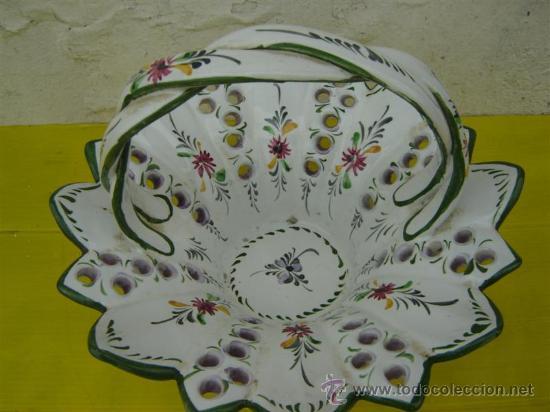 Antigüedades: centro de mesa de ceramica cesto - Foto 2 - 222013945