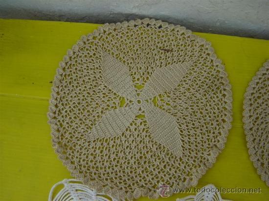 Antigüedades: 8 tapetes pequeños hecho a mano - Foto 2 - 32011264
