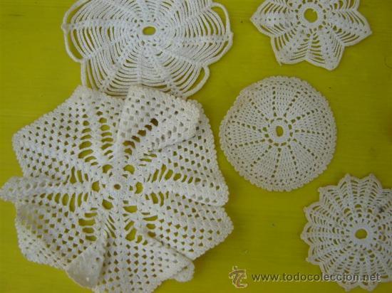 Antigüedades: 8 tapetes pequeños hecho a mano - Foto 3 - 32011264