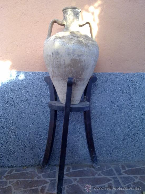 ANTIGUO SOPORTE DE MADERA PARA CANTAROS (Antigüedades - Muebles Antiguos - Auxiliares Antiguos)