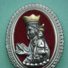 Antigüedades: MEDALLA RELIGIOSA DE SOBREMESA ANTIGÜA EN PLATA. 33 GRAMOS.. Lote 32022960