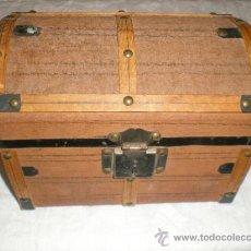 Antigüedades: ANTIGUO BAUL PEQUEÑO. Lote 32042582