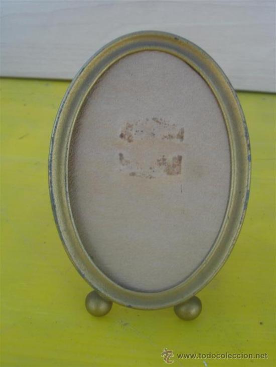 PEQUEÑO PORTAFOTO OVALADO (Antigüedades - Hogar y Decoración - Portafotos Antiguos)