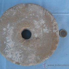 Antigüedades: ANTIGUA PIEDRA DE AMOLAR AFILAR.. Lote 32129576