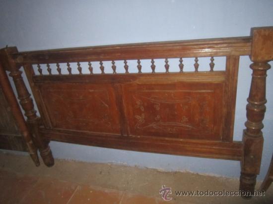 Antigüedades: Importante cabecero modernista, en madera, para restaurar. - Foto 2 - 27143025